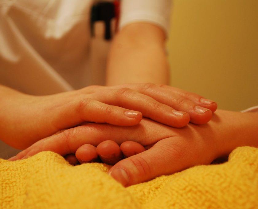 hands-736244_1280.jpg