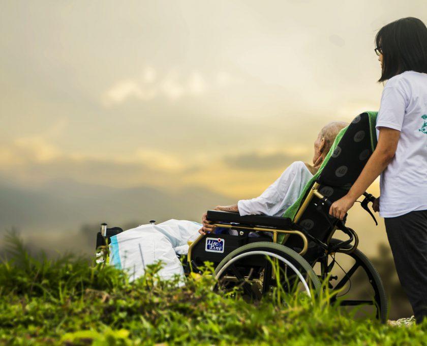 hospice-1821429_1920.jpg